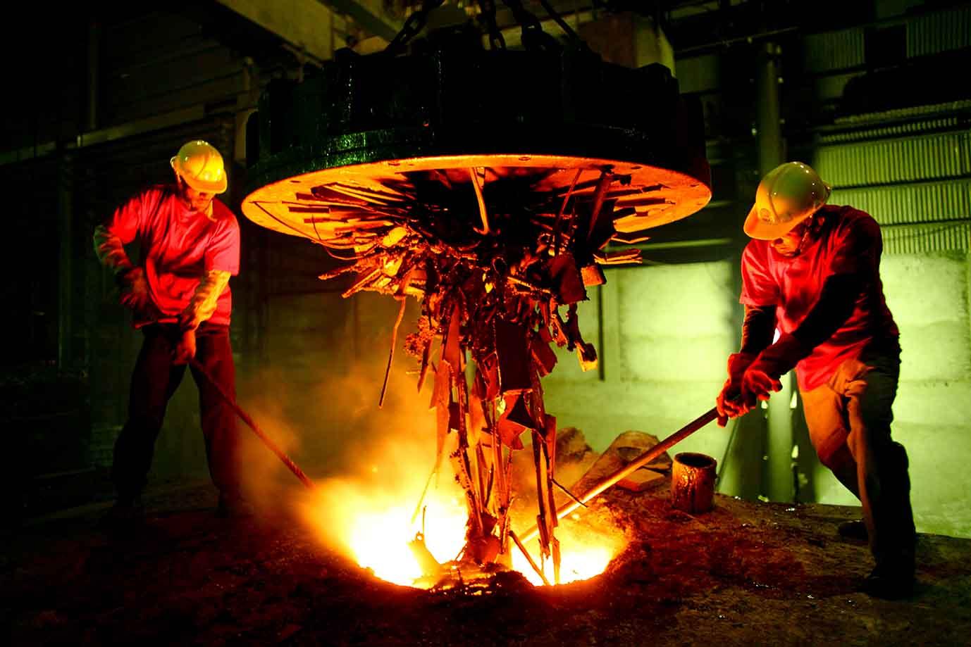 خدمات مشاوره به کارخانجات فولاد